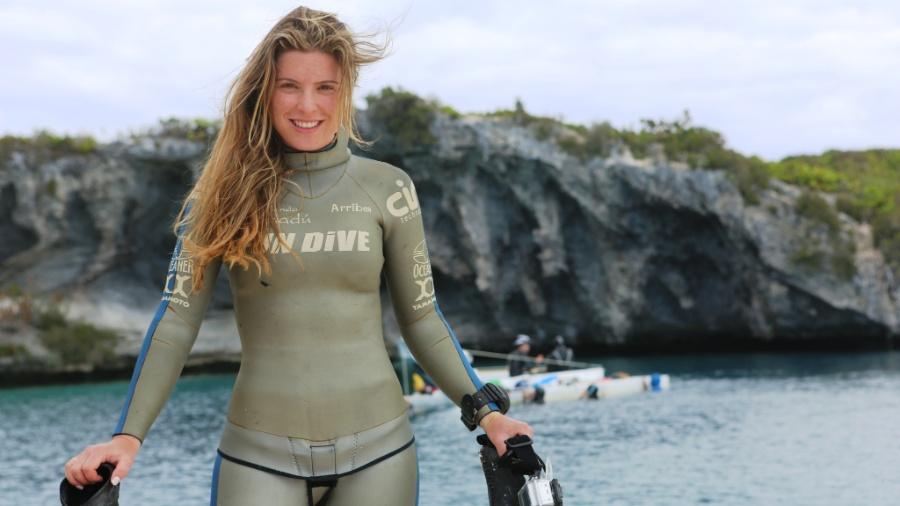 Karina Oliani, médica, multiesportista e apresentadora, grava para o Canal OFF (Globosat), focado em esportes radicais - Arquivo pessoal