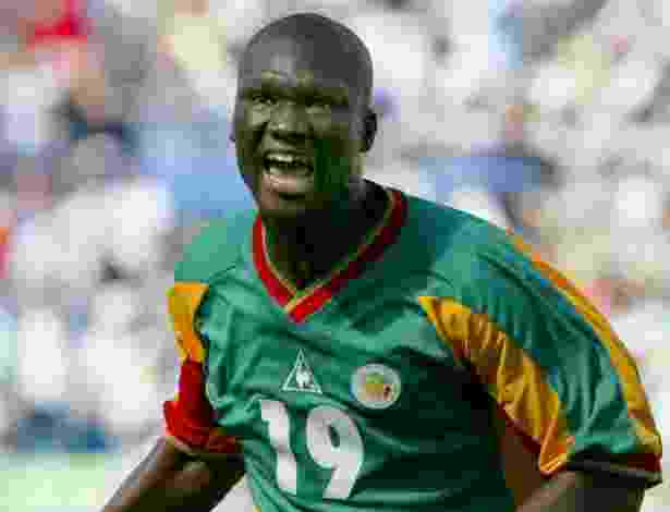 Papa Bouba Diop foi o autor do gol de Senegal na histórica vitória sobre a França, na abertura da Copa do Mundo de 2002 - REUTERS/Desmond Boylan