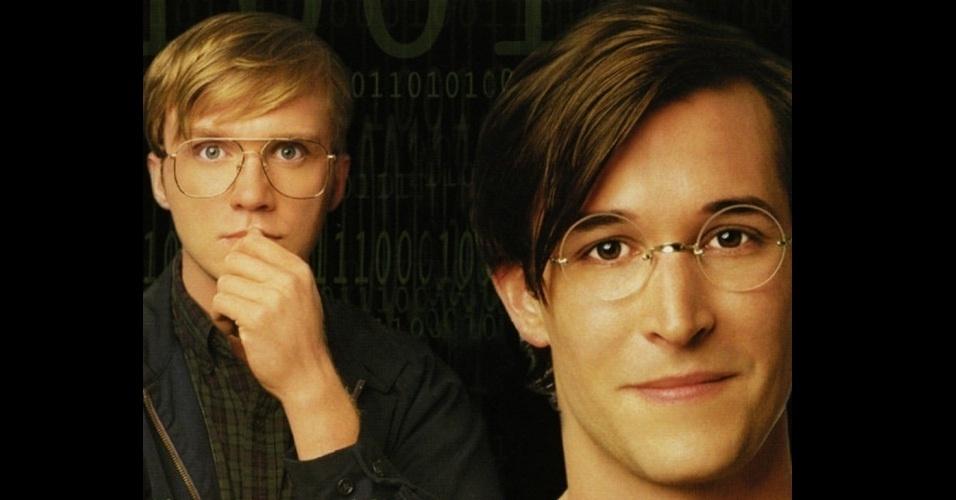 Piratas do Vale do Silício (1999) - A trama conta a história de dois ícones da tecnologia: Steve Jobs e Bill Gates. O filme aborda aspectos como a criação do Windows, a ascensão da Apple e Microsoft e o desenvolvimento do primeiro computador. Clique em 'MAIS' para ler outras informações