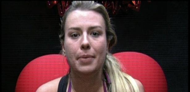 15.mar.2013 - Fernanda votou na Fani.