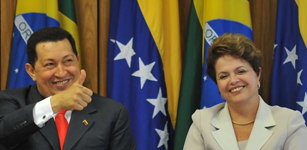Em sua última visita ao Brasil, Hugo Chávez reuniu-se com a presidente Dilma Rousseff no Palácio do Planalto, em Brasília - Antônio Cruz/ABr
