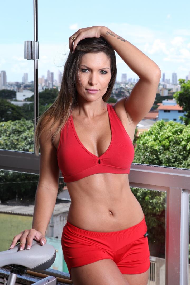 Gisa Gomes pode representar o Goiás no Belas da Torcida 2013