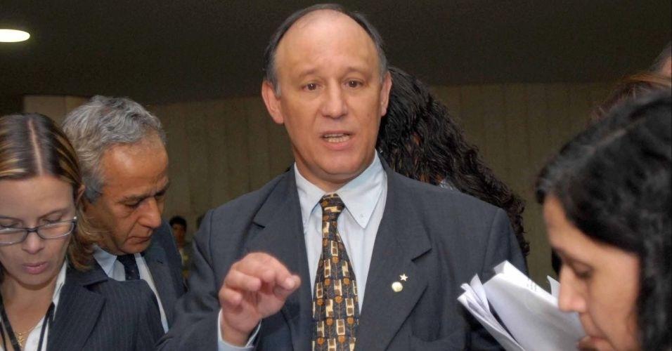O deputado federal Pepe Vargas (PT-RS) assumiu o Ministério do Desenvolvimento Agrário no lugar de Afonso Florence (PT-BA). O anúncio foi feito no dia 9 de março de 2012