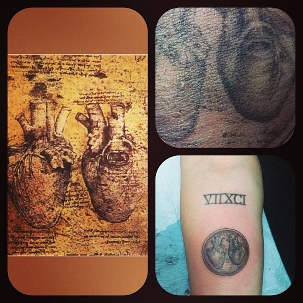 16.mar.2013 - Miley Cyrus publica foto de sua nova tatuagem no Twitter