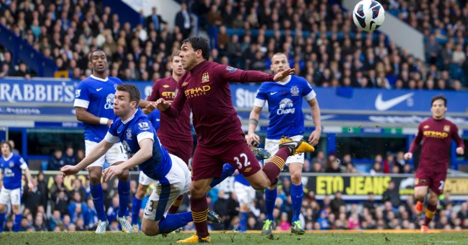 Carlitos Tevez, do Manchester City, na derrota para o Everton por 2 a 0 pela 30ª rodada do Inglês