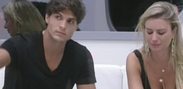 Numa votação rápida e emocionante, o casal formado por André e Fernanda acabou no paredão