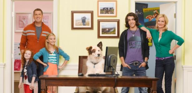Stan é um cão inteligente que adora seus novos donos e tem até um blog