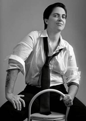 19.mmar.2013 - Thammy Miranda posa para a revista