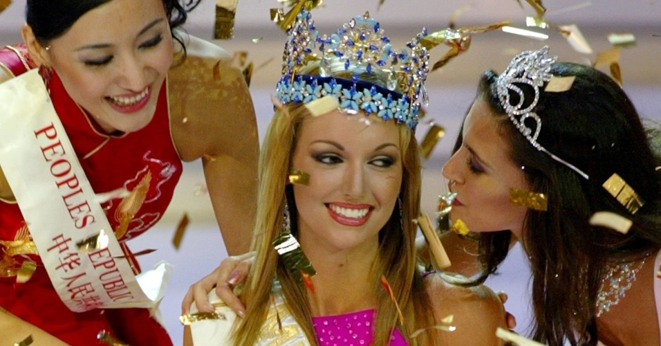 A irlandesa Rosanna Davison venceu o Miss Mundo 2003, realizado em Sanya, na China