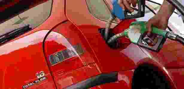 Volkswagen Gol equipado com motor 1.6 Total Flex foi o pioneiro do sistema bicombustível no Brasil - Divulgação