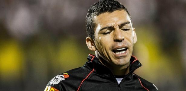 Zagueiro Lúcio nos tempos de São Paulo, em 2013; clube negociou sua dívida - Leonardo Soares/UOL