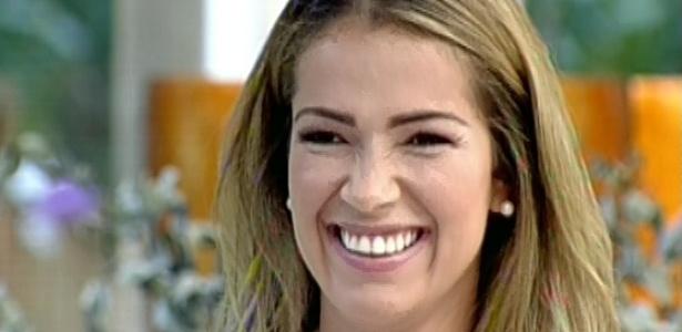 20.mar.2013 - Fani falou sobre seu envolvimento com Miguel em entrevista no programa Mais Você