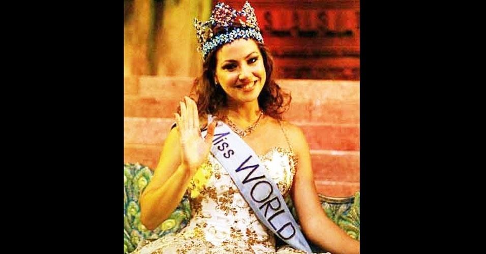 A grega Irene Skliva venceu o Miss Mundo 1996, realizado em Bangalore, na Índia
