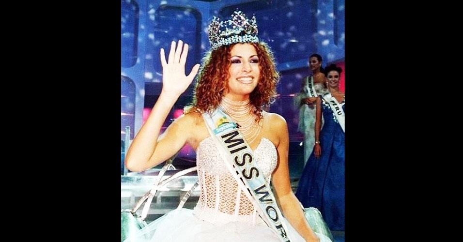 A israelense Linor Abargil venceu o Miss Mundo 1998, realizado em Mahe, nas Seychelles