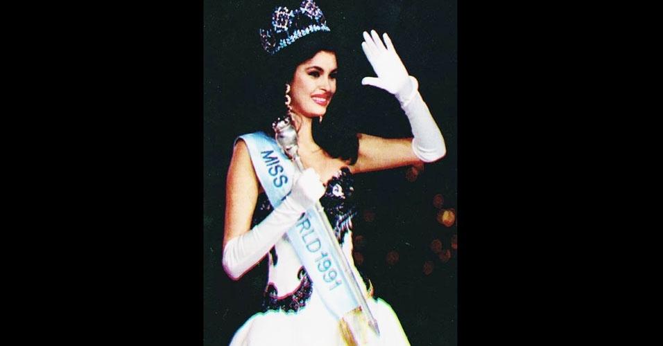 A venezuelana Ninibeth Beatriz Leal Jiménez venceu o Miss Mundo 1991, realizado em Atlanta, nos EUA