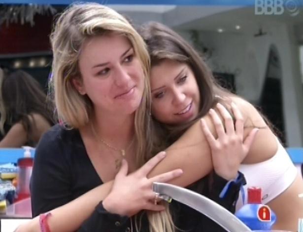 Fernanda conta sonho com André para Nasser, Andressa e Natália