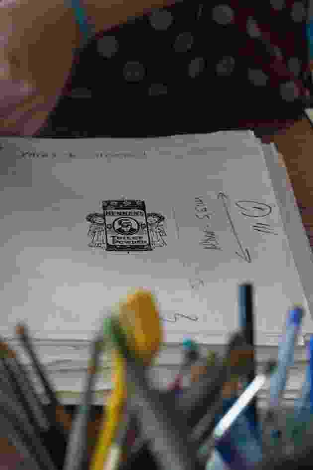 O Instituto Moreira Sales do Rio de Janeiro visitou a casa do desenhista e escritor Millôr Fernandes para reunir material sobre o artista que será exibido em um futuro acervo aberto ao público. O material está sendo catálogado - IMS-RJ