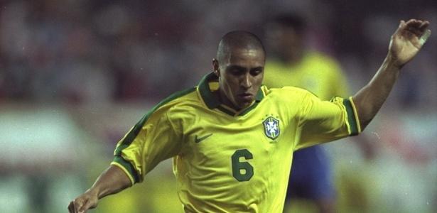 O lateral-esquerdo Roberto Carlos foi titular em todos os jogos do Torneio da França
