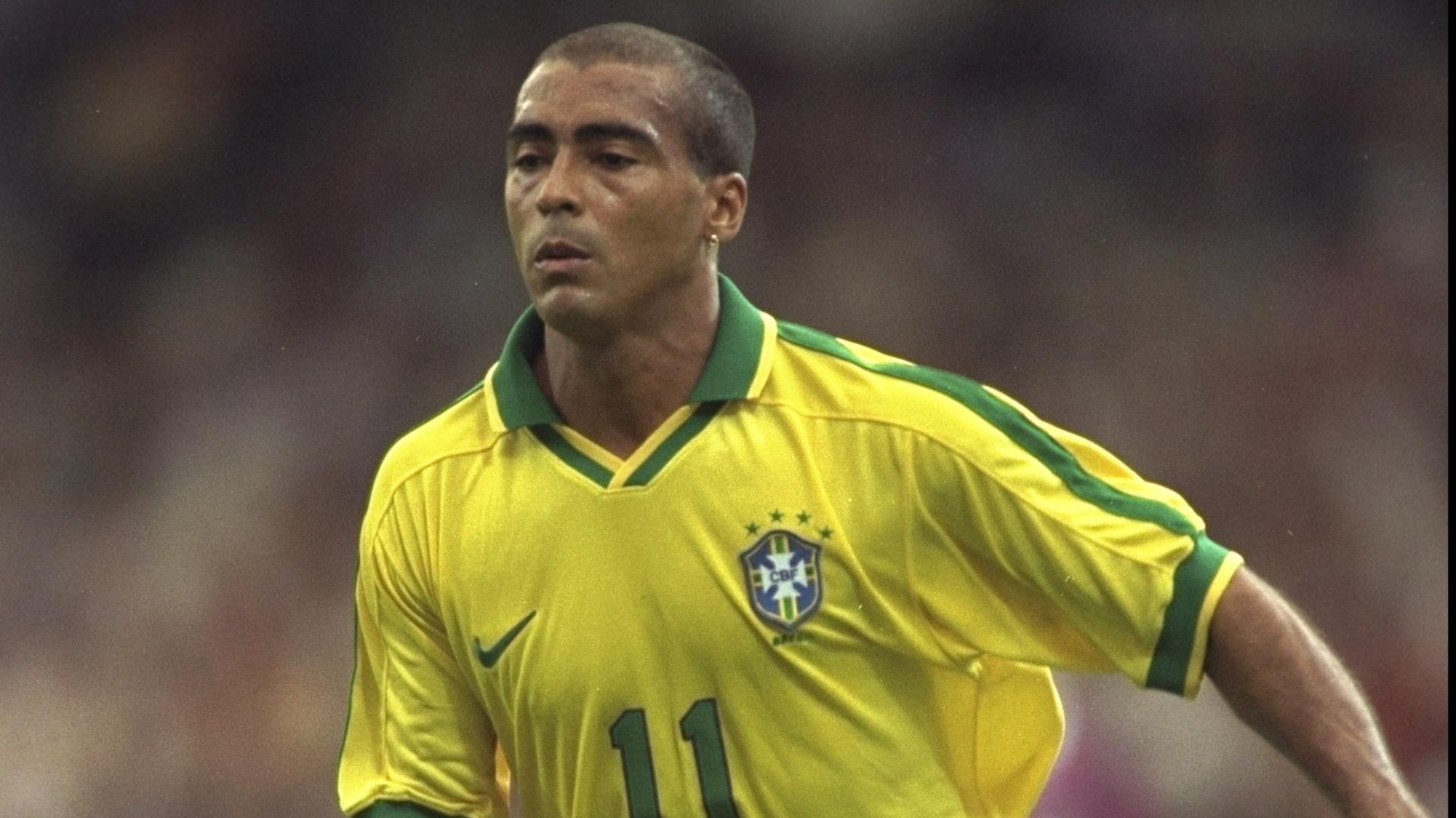 Romário foi o centroavante titular nas três partidas, marcando um gol contra a Itália e outro contra a Inglaterra