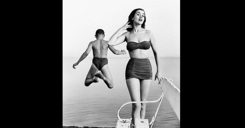 """A sueca Kerstin """"Kiki"""" Håkansson venceu o Miss Mundo 1951, realizado em Londres, no Reino Unido"""