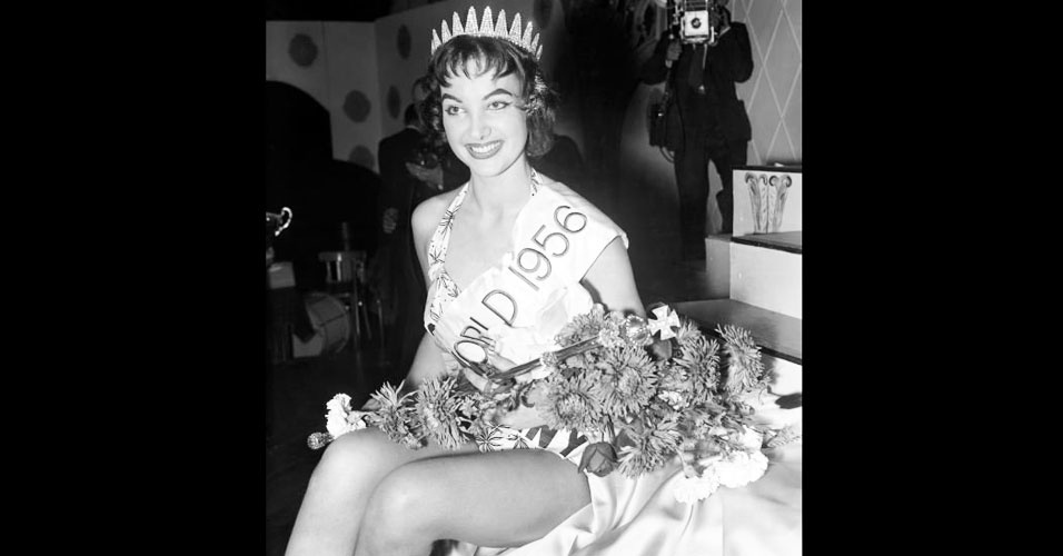 A alemã Petra Susanna Schürmann venceu o Miss Mundo 1956, realizado em Londres, no Reino Unido