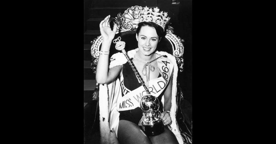 A britânica Ann Sidney venceu o Miss Mundo 1964, realizado em Londres, no Reino Unido