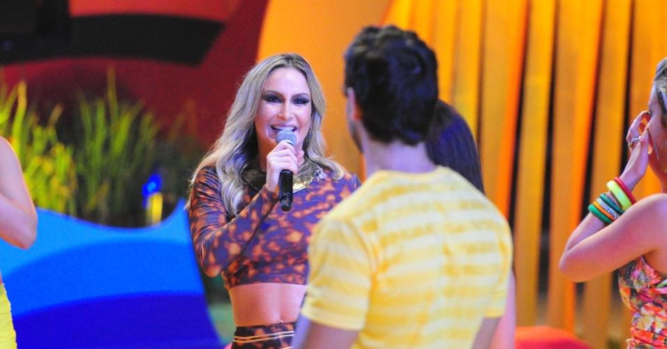 "6.fev.2013 - Jurada do ""The Voice Brasil"", Claudia Leitte se apresentou na festa Energia Que Contagia"