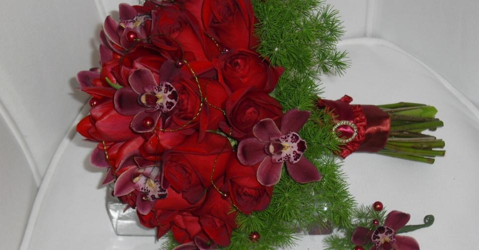 Buquê de rosas, tulipas e orquídeas; por R$450,00, no Hangar de Flores (www.hangardeflores.com.br). Preço pesquisado em março de 2013 e sujeito a alterações