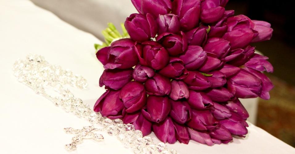 Buquê de tulipas; por R$ 400,00, na Pepper Wedding (www.pepperwedding.blogspot.com.br). Preço pesquisado em março de 2013 e sujeito a alterações