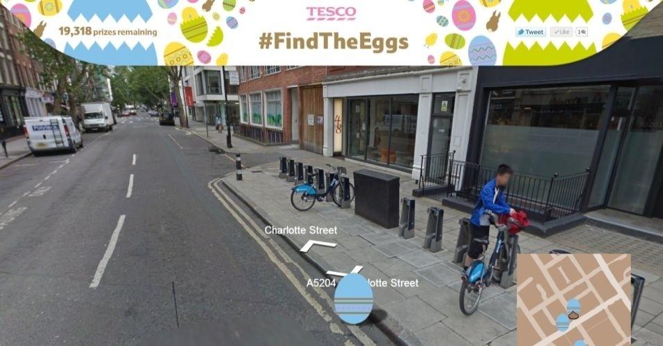 Uma varejista do Reino Unido chamada Tesco criou um ambiente com base no Google Street View, em que os usuários devem procurar ovos de páscoa para trocar por recompensas. Com 3 ovos normais, o internauta ganha um chocolate. Se acha o ovo dourado, o presente é um Galaxy Tab. Apenas pessoas que moram na região podem retirar os prêmios. Clique em 'Mais' para visitar o site