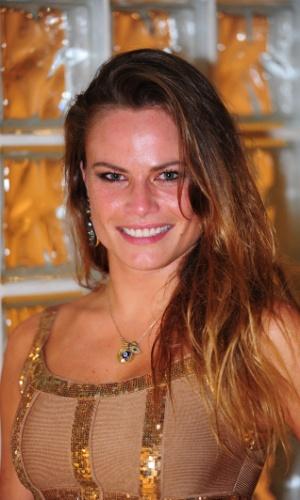 """24.mar.2013 - Após sua eliminação, Natália disse que seu """"passado, presente e futuro"""" estão relacionados ao """"BBB"""""""
