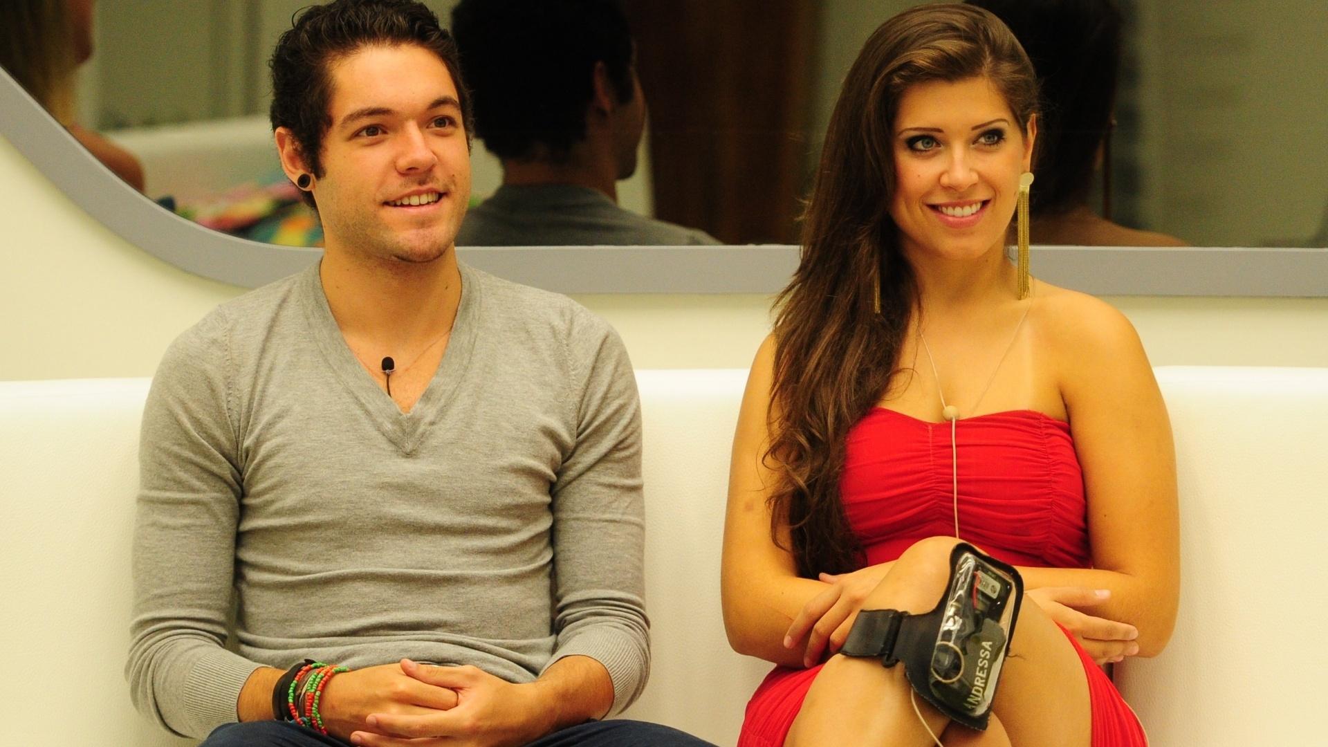 24.mar.2013 - Com vaga garantida na final, o casal Nasser e Andressa aguarda pelo resultado do último paredão do