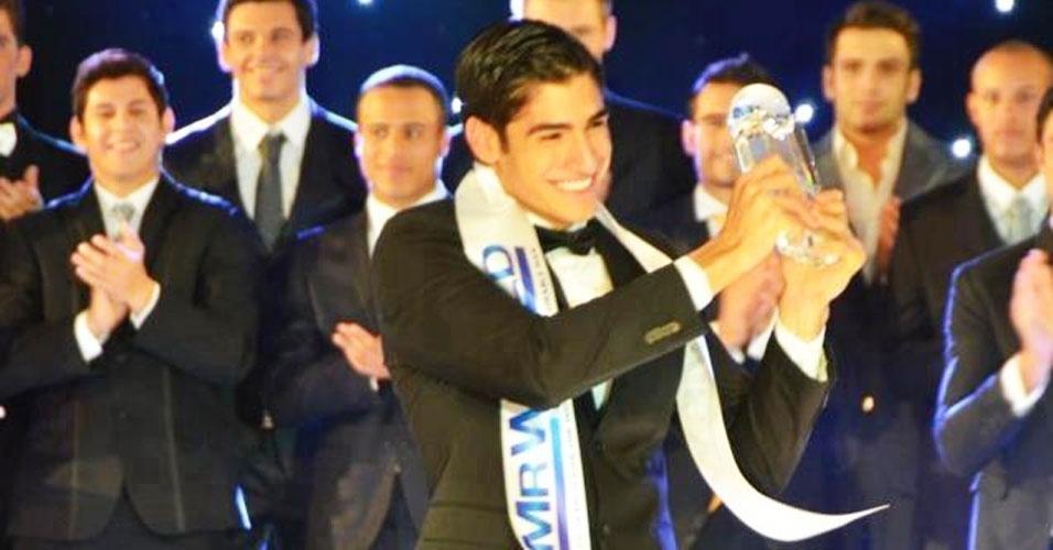 O colombiano Francisco Javier Escobar venceu o Mister Mundo 2012, realizado em Kent, no Reino Unido