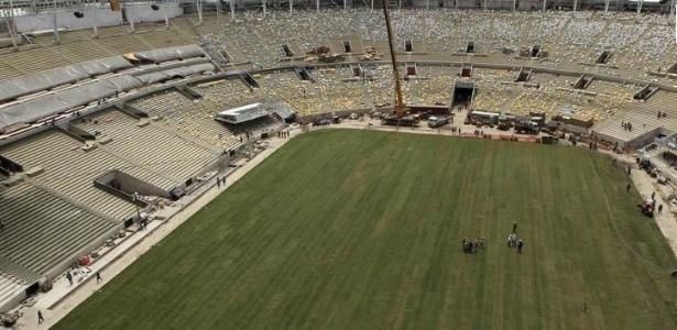 Maracanã está 95% pronto para a Copa do Mundo, mas deve entrar em obras para a Rio-2016