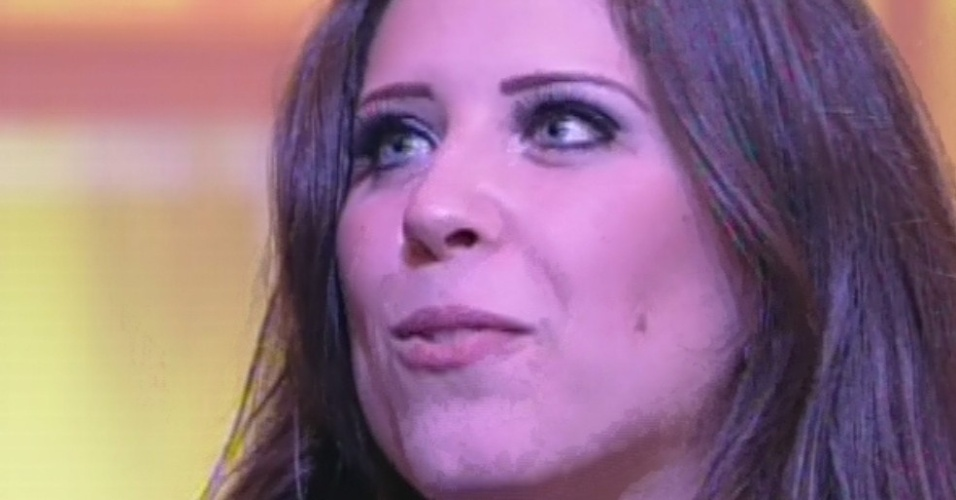 "26.mar.2013 - Andressa é entrevistada por Pedro Bial após ser anunciada como a terceira colocada do ""BBB13"""