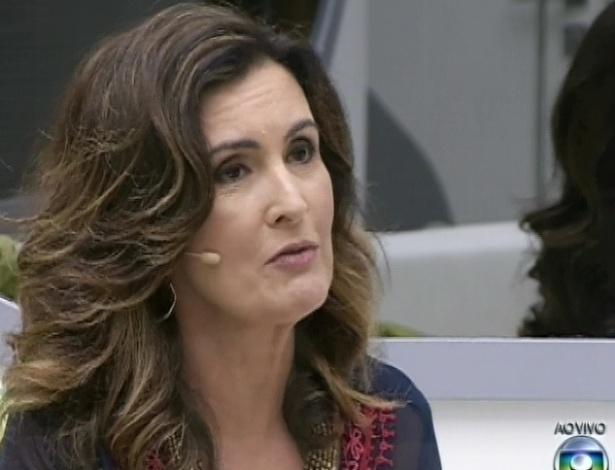 26.mar.2013 - Fátima Bernardes pergunta para os finalistas Andressa, Fernanda e Nasser se eles estão preparados para ganhar R$ 1,5 milhão