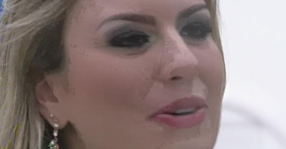"""26.mar.2013 - Fernanda diz querer que as amizades do """"BBB13"""" sejam eternas"""