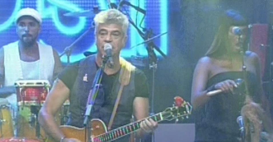 """26.mar.2013 - Lulu Santos abre final do """"BBB13"""""""