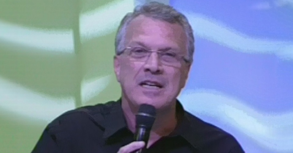 "26.mar.2013 - Pedro Bial apresenta a final do ""BBB13"""