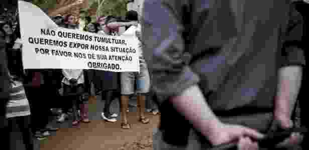 Policiais realizam operação de reintegração de posse na ocupação Pinheirinho 2, na avenida Bento Guelf, em Iguatemi, zona leste de São Paulo. A polícia chegou a iniciar a ação, mas suspendeu a operação - Marcelo Camargo/Agência Brasil