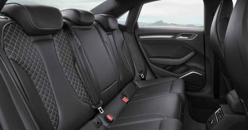 Audi A3 Sedan (versão S3
