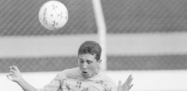 Guga em treinamento do Santos em 1994