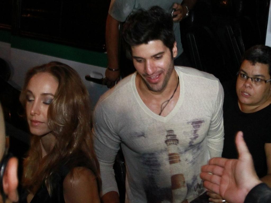 27.mar.2013 - O carioca Marcello chegou com a namorada na festa de encerramento do