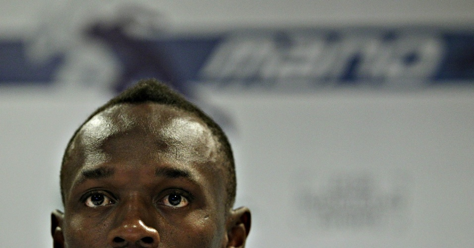 28.mar.2013 - Bolt concede entrevista coletiva no Rio de Janeiro; o jamaicano minimizou a interdição do Engenhão