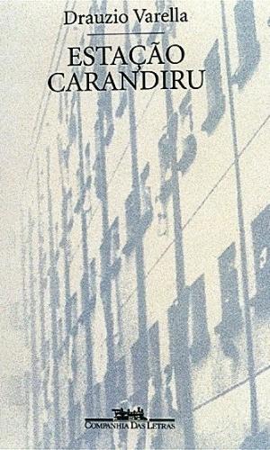 """1º.abr.2013 - Em 1999, o  médico Drauzio Varella relatou suas experiências como voluntário em um programa de prevenção contra a AIDS no presídio. """"Estação Carandiru"""" levou o Prêmio  Jabuti de 200 como o livro do ano e já vendeu mais de 500 mil exemplares"""