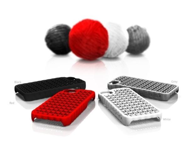 """Com o mote """"feito à mão por robôs"""", a capa para iPhone do estúdio Artizan Work parece que foi tricotada com material plástico, porém foi confeccionada em uma impressora 3D. Ela é vendida no site Shapeways por a partir de R$ 56"""