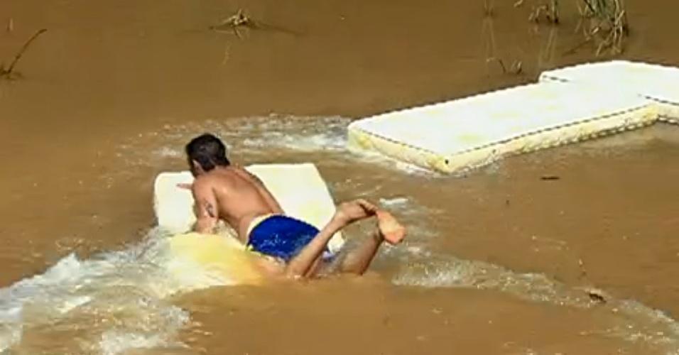 Lutadores do Time Werdum destruíram todos os colchões da casa do TUF Brasil