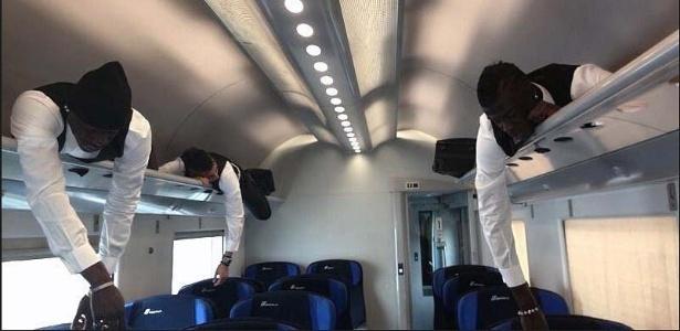 Milanistas Balotelli, El Shaarawy e Niang dormem em bagageiro de trem