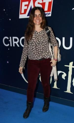 2.abr.2013 - A atriz Alessandra Negrini prestigiou o espetáculo Corteo, do Cirque du Soleil, no Parque Villa-Lobos, em São Paulo
