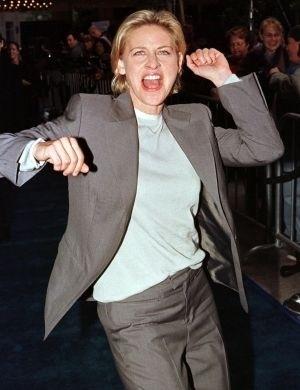 A comediante Ellen DeGeneres sempre lutou pelos direitos das lésbicas. Em 1997 começou a namorar Anne Heche. A relação durou até 2000. Agora, está com Portia de Rossi, com quem se casou em agosto de 2008